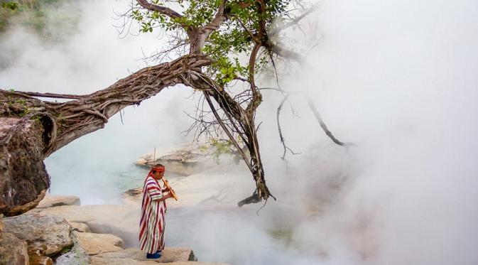 Sungai-Mendidih-Shanay-Timpishka-Amazon-Peru